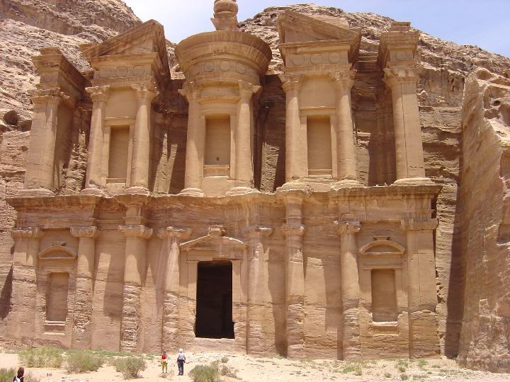 Petra. El Deir, il Monastero (S. Bertarione)