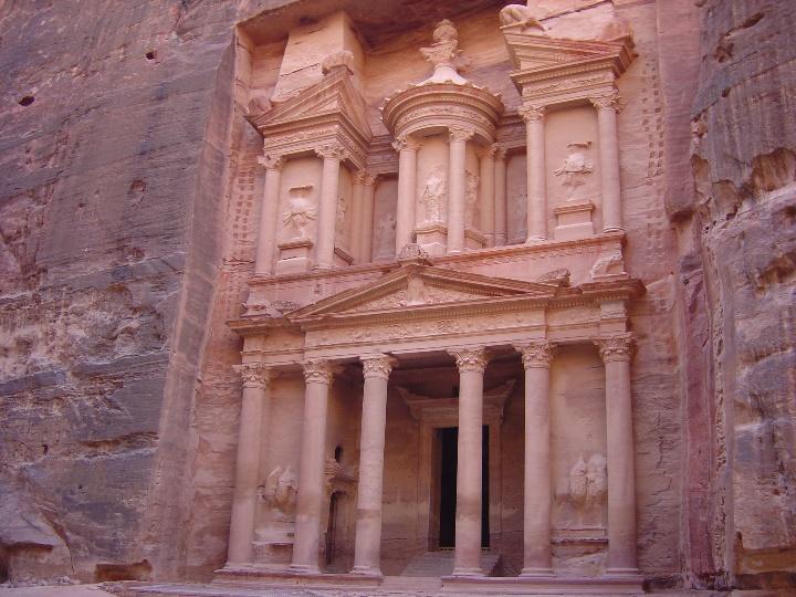 Petra. El Khasneh al tramonto (S. Bertarione)
