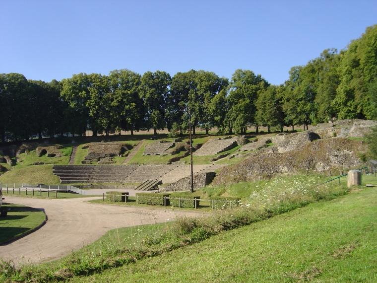 Il grande teatro romano di Autun (S. Bertarione)