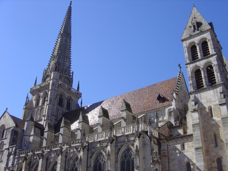La cattedrale di Autun (S. Bertarione)