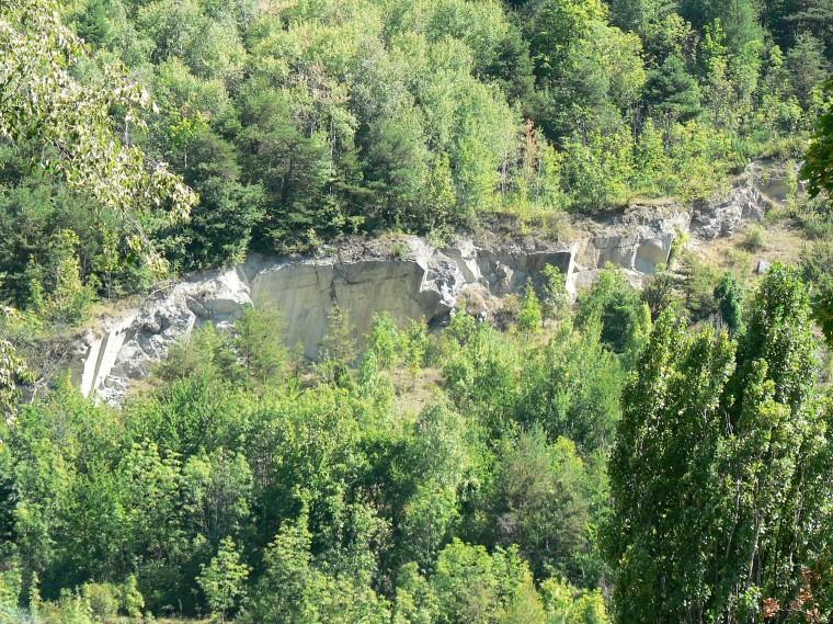Aymavilles. Le cave di marmo abbandonate (da Wikipedia)