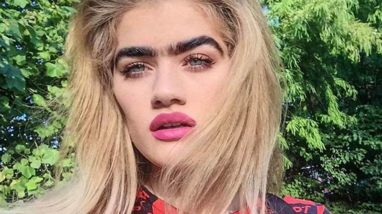 2363-Model_Rocking_Unibrow-healthline