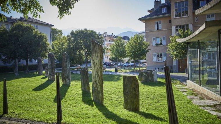 """Allineamenti di """"copie"""" ricostituiti a Sion (le nouvelliste.ch)"""