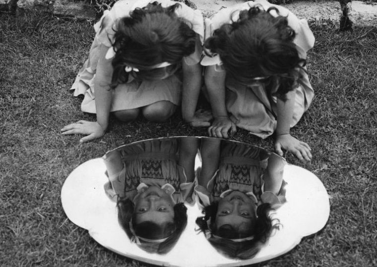 mirror-twins-with-mirror-56a689b15f9b58b7d0e36f0d