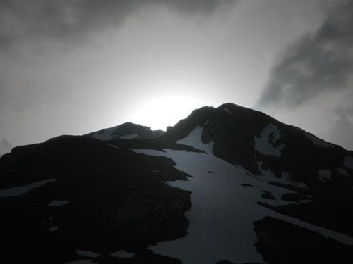 Il tramonto dietro la vetta del Lancebranlette