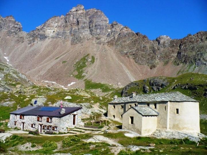 Rifugio e santuario di Cunéy (www.rifugiocuney.it)