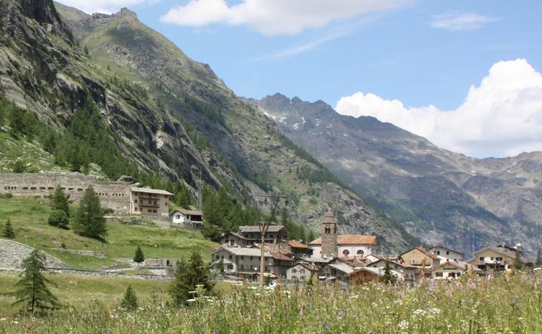 Valgrisenche capoluogo (comune.valgrisenche.ao.it)