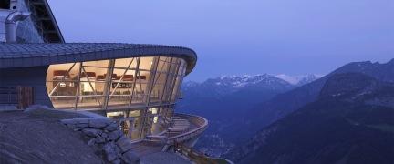 una-terrazza-a-3466-metri-skyway-monte-bianco-valle-daosta