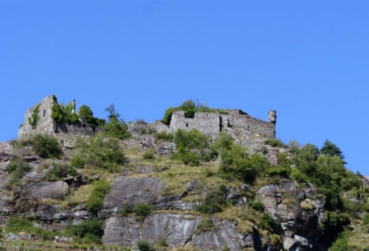 Castellaccio di Pont-Saint-Martin (viaggiatorinelweb.it)